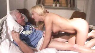 Diana Gold Beauty and the Senior - Johan