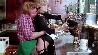 Schulmadchen Porno (1976) german classic porn