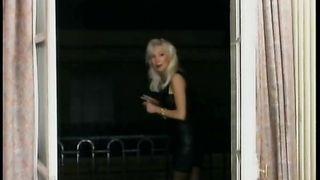 Helen Duval - Amsterdam-Paris Connection clip 3