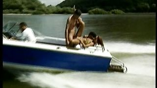 Sexy Speed aka Explosiv Couples (1999)
