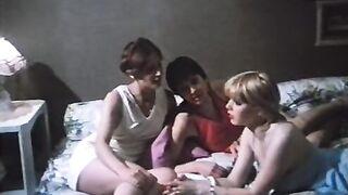 Marilyn Jess - 3 lyceennes a Paris 03 (1979)